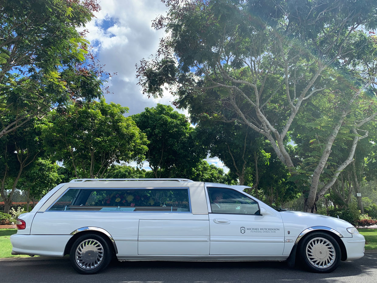 Image of MH Funerals hearse